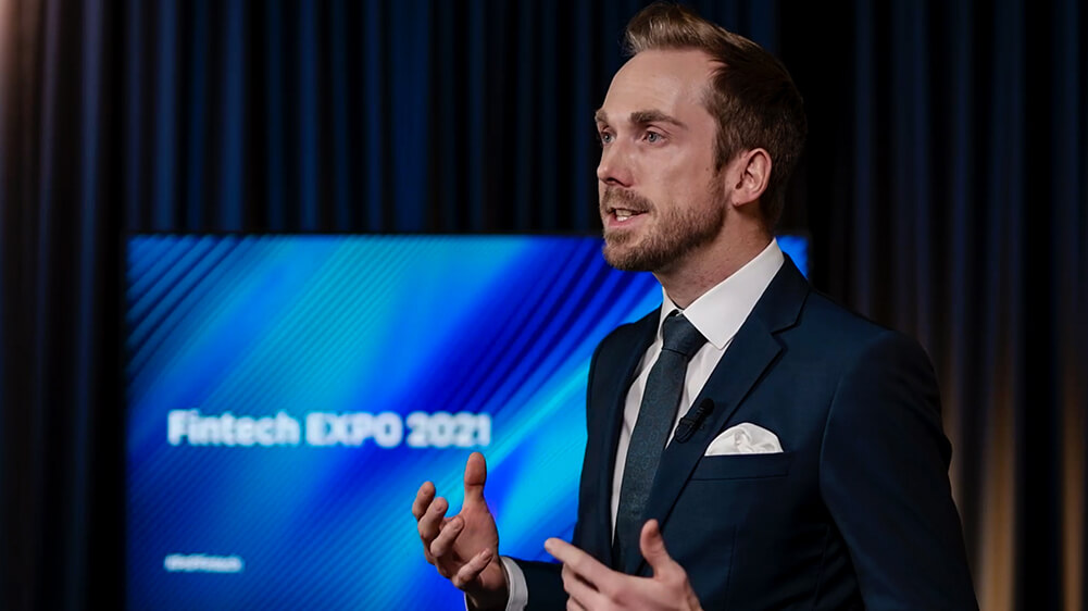 Fintech Europe Expo Moderator Presenter Felix Uhlig
