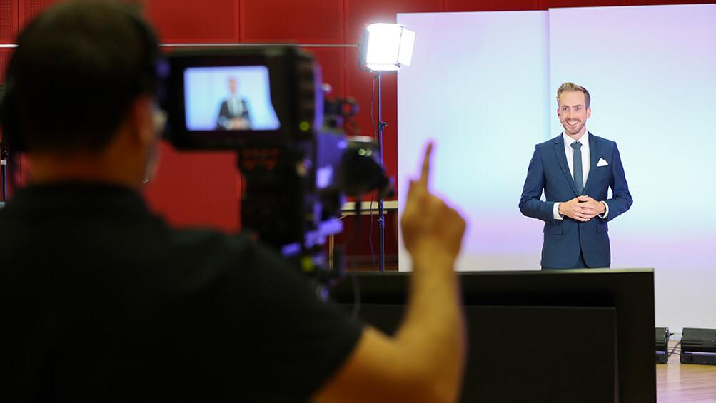 Online Moderator Felix Uhlig für IndTech 2020