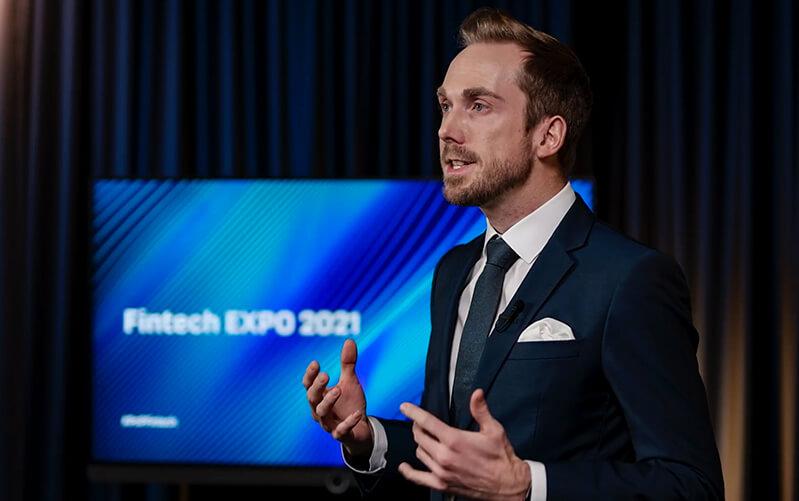Online Event Moderator Felix Uhlig Fintech Expo 2021